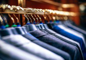 15 tips for å få organisert garderoben