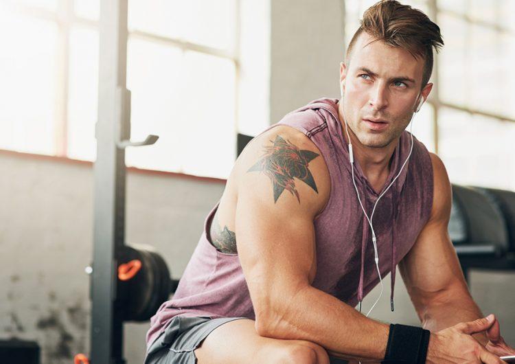 Treningsmusikk for menn som ikke vil høre på «russehits» på gymmen